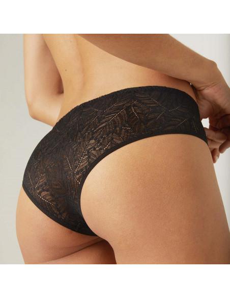 Shorty Comète noir de la marque de lingerie Simone Pérèle.